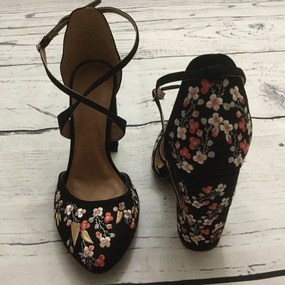 newest a97b4 66476 Wild Diva shoes size 6 1/2